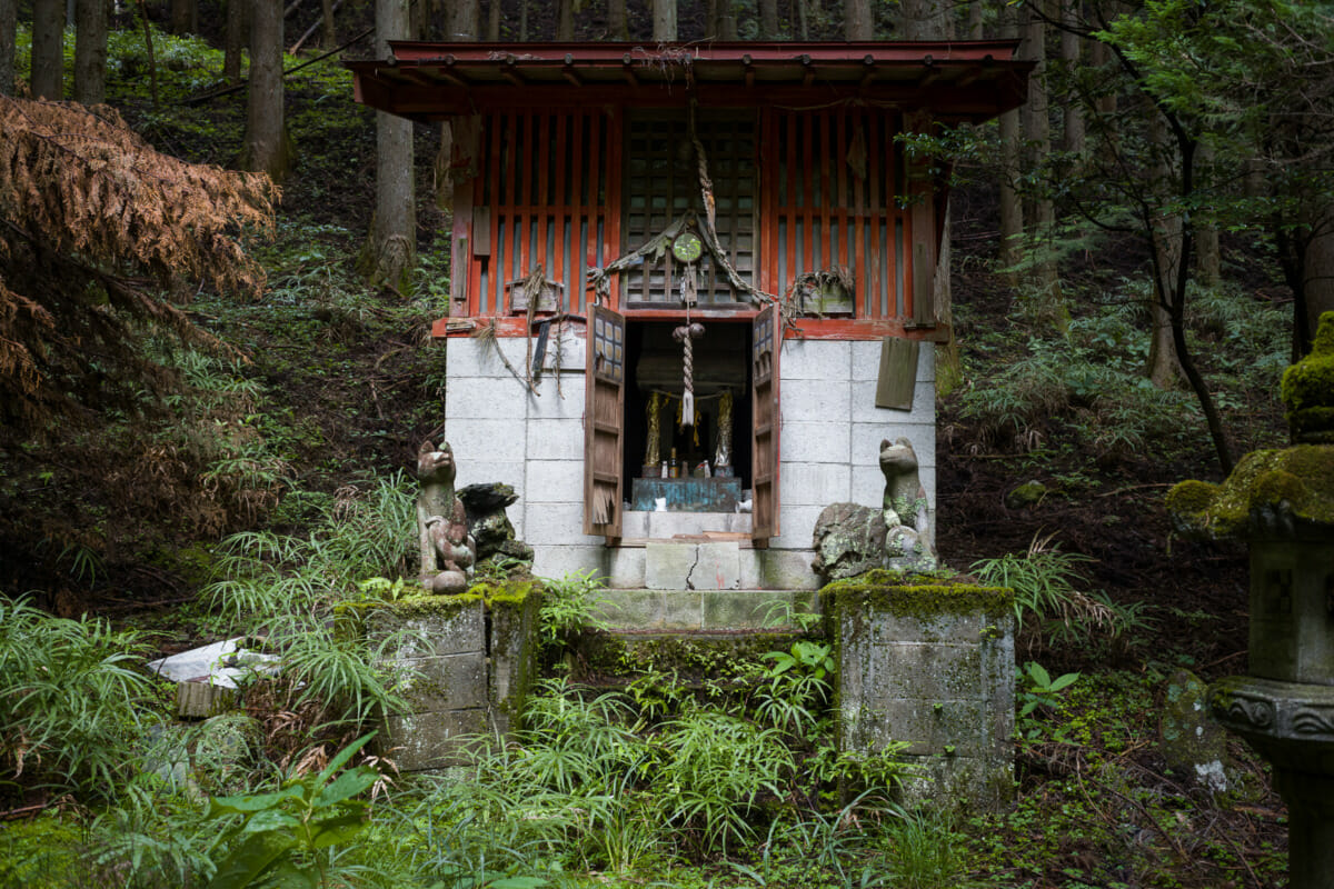 a decaying Japanese shinto shrine