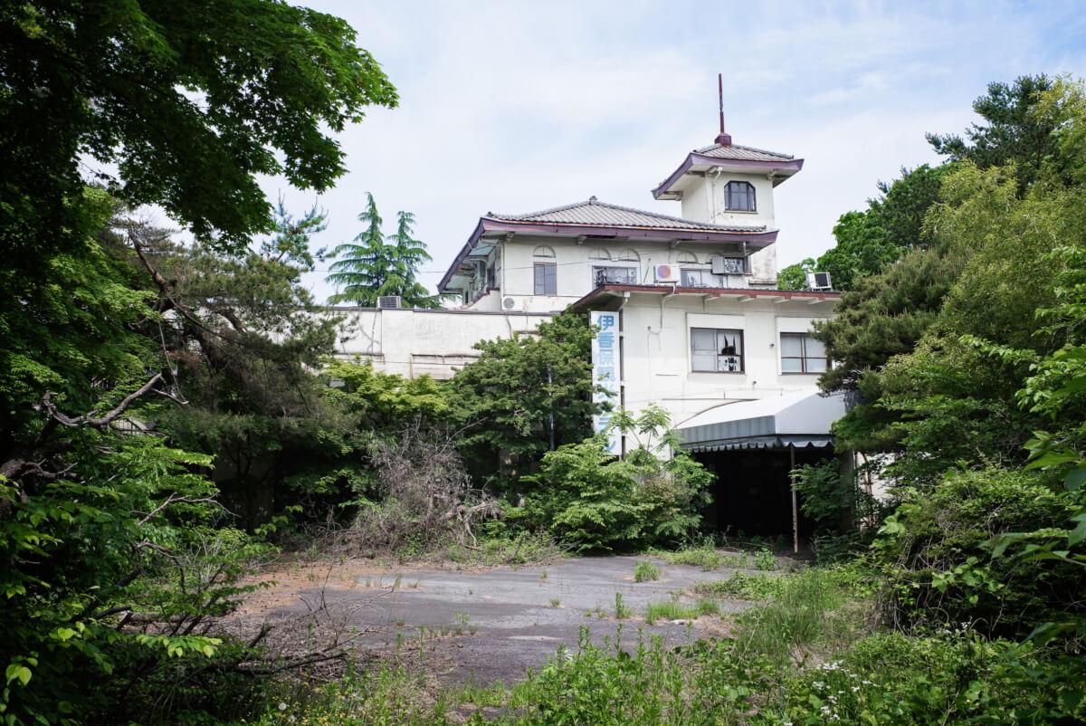 abandoned old Japanese hotel