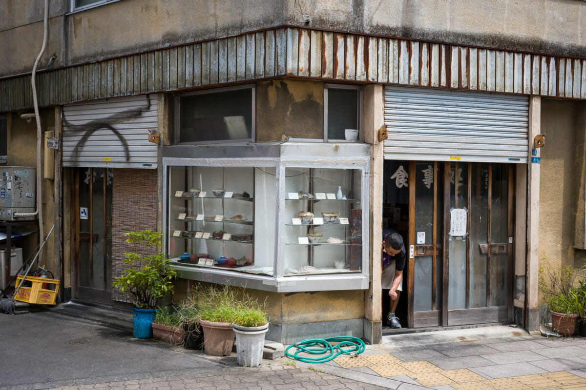 pls Tokyo restaurant salt purification