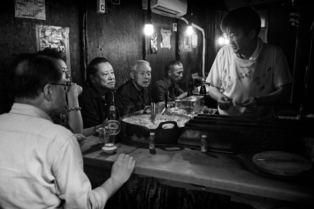 a quiet and intimate old tokyo bar