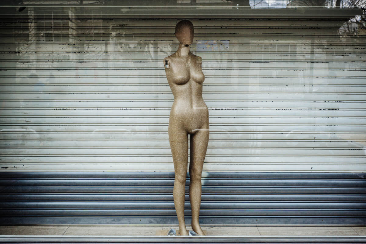 striking tokyo mannequin