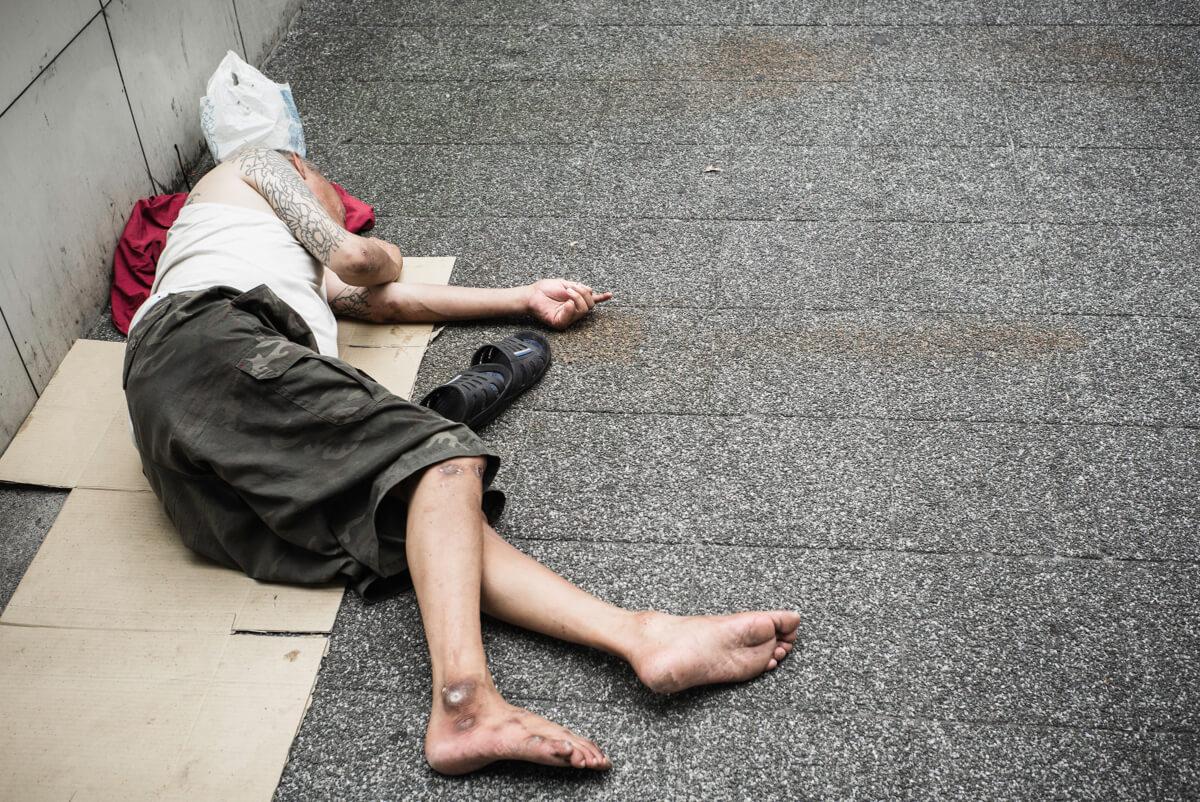 homeless ex-yakuza